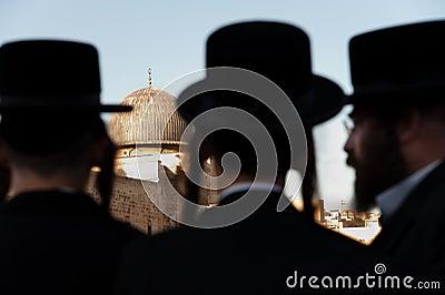 Orthodox Jews and Al-Aqsa Mosque Editorial Photo