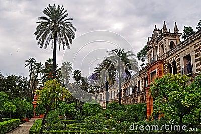 Os Jardins Maravilhosos Do Alcazar Em Sevilha Fotografia de Stock Royalty Free - Imagem: 19730497