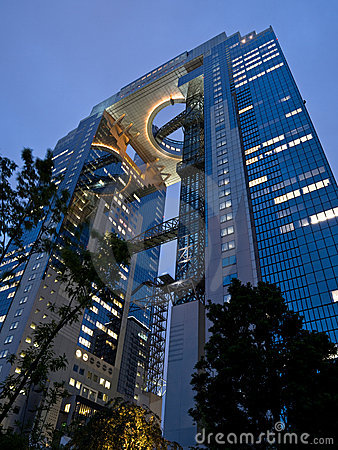 Free Osaka Skyscraper Royalty Free Stock Image - 2945456