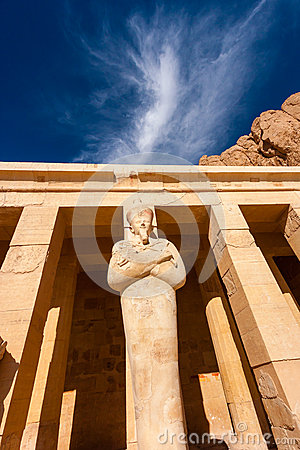 Osiris Statue at Hapshetpsut s Temple