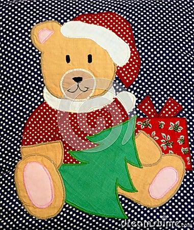 Oso de peluche acolchado de la Navidad
