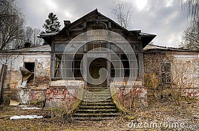 Oud huis royalty vrije stock afbeeldingen afbeelding 8825849 - Huis verlenging oud huis ...