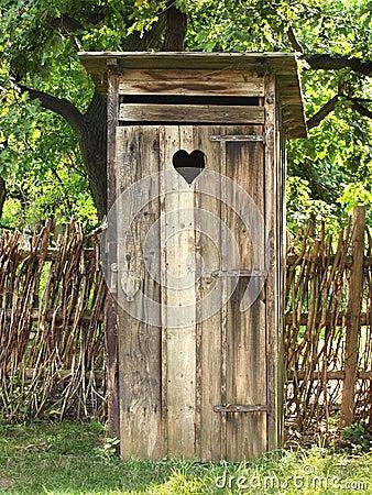 Oud toilet