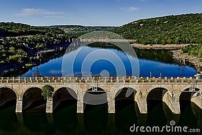 Oude dam