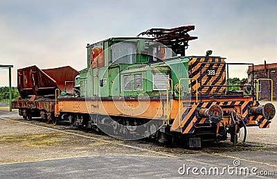 Oude elektrische locomotief