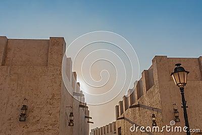Oude gebouwen in de stad van Sharjah
