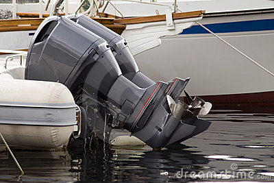 Outboard motorboat engines