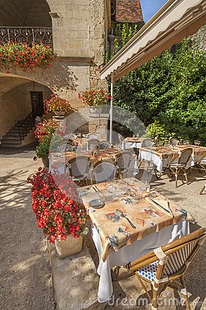 Outdoor French restaurant