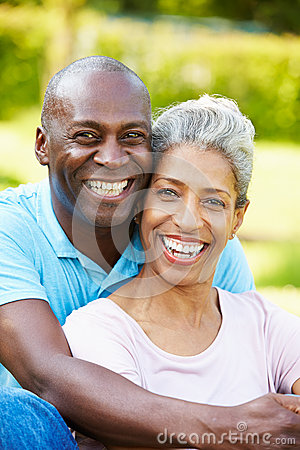 Free Outdoor Portrait Of Romantic Mature Couple Stock Photography - 35611252