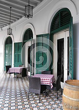 Free Outdoor Restaurant Dining Al Fresco Style Royalty Free Stock Photos - 39774608