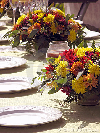 Outdoor Table setting with flowers