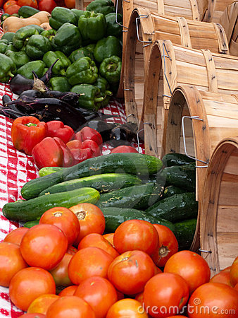 Free Outdoor Vegetable Market Summer Produce Royalty Free Stock Photography - 11067897