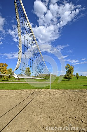Free Outdoor Volleyball Court Royalty Free Stock Photography - 83850097