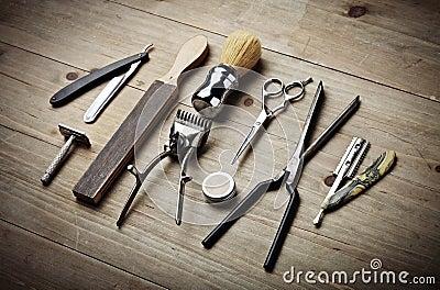 outils de vintage de salon de coiffure sur le bureau en bois photo stock image 53376664. Black Bedroom Furniture Sets. Home Design Ideas