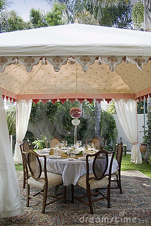 Free Outside Lunch Tent Stock Photos - 13105503