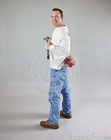 Ouvrier avec des outils