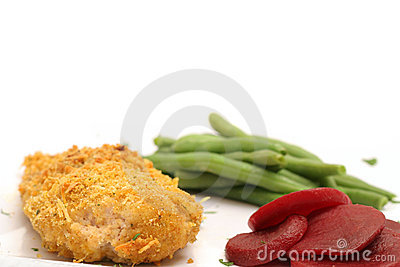 Oven fried chicken with green beans & beets