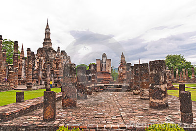 Overall of wat mahatat in sukhothai