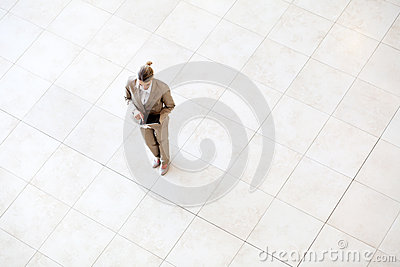 Overhead view  businesswoman