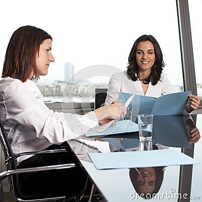 Overleg met financiële adviseur