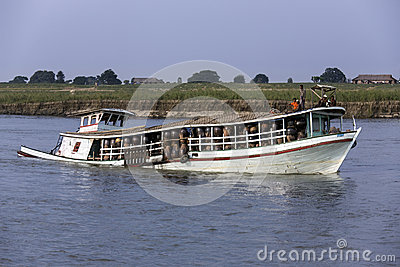 Overloaded Boat - Irrawaddy - Myanmar (Burma) Editorial Stock Photo