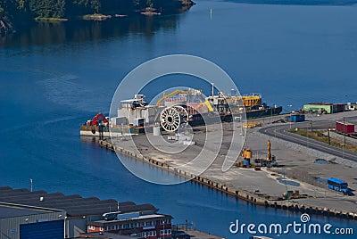 Overview (port of halden city)