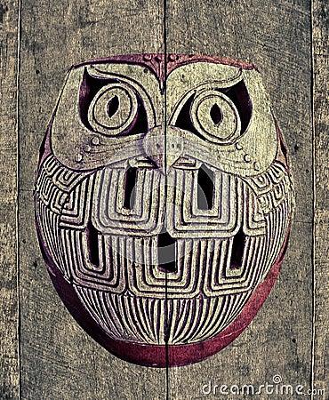 owl on texture old wood