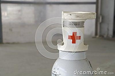 Oxygen bottle