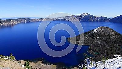 Pängar över Crater Lake, Oregon lager videofilmer
