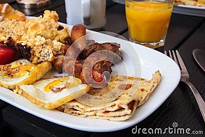 Półkowy śniadanio-lunch biel