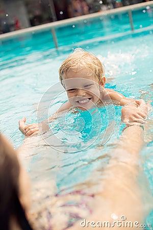 Pływackiego basenu lekcja