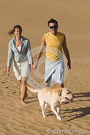 Paar met hun hond