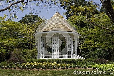Pabellón en los jardines botánicos de Singapur