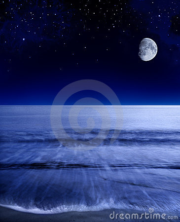 Free Pacific Moon Stock Images - 16359644