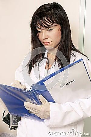 Pacjent wchodzi informacji