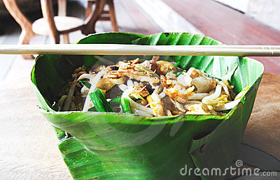 Pad thai in banana leaf