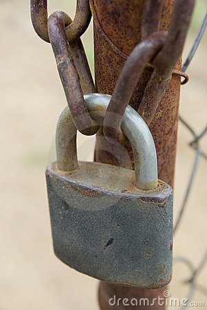 Free Padlock And Chains Stock Photography - 6807902