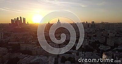 4.000 pagina's van de Luchtfoto's van de Sunset Panoramuc-weergave in het Historische centrum van Moskou stock footage