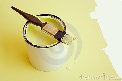 Paint brush and tin