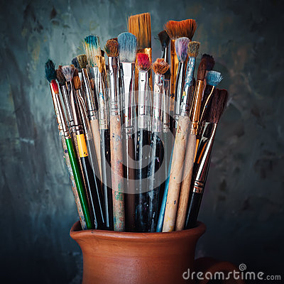 Free Paintbrushes In A Jug On Dark Panting Background Stock Photos - 68277413