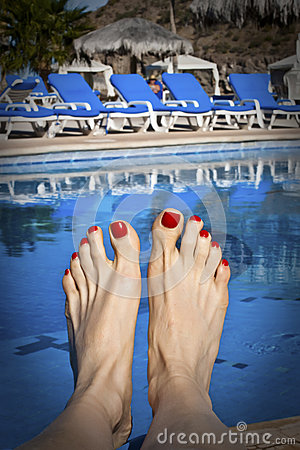 Free Painted Toes At The Pool Royalty Free Stock Photo - 44863095