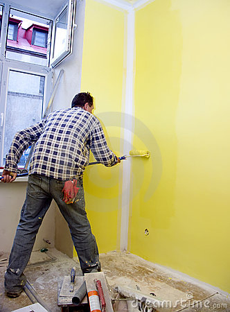 Painting room in yellow
