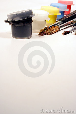 Free Paints And Brushes Royalty Free Stock Photo - 1116485