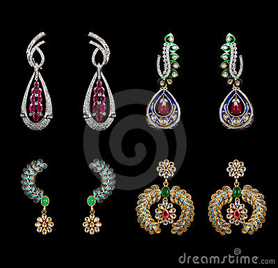 Pairs of earrings