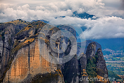 Paisagem surpreendente em Meteora