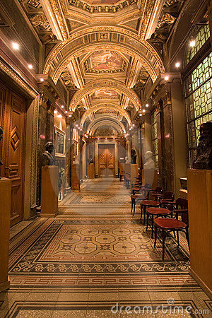 Free Palace Corridor Royalty Free Stock Photography - 7789727