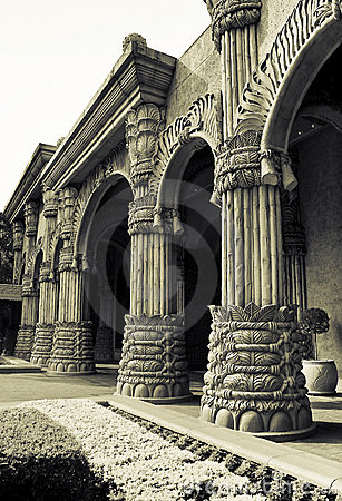 The Palace of the Lost City - Arched Hallway
