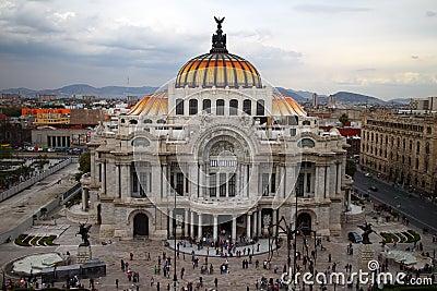 Palacio de bellas artes in citt del messico fotografia for Arquitectura 7 bellas artes
