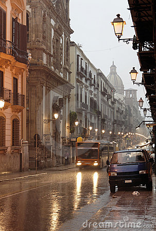 Free Palermo Street Under The Rain Royalty Free Stock Photos - 1491648