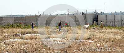 Palestinian Demonstration by the Wall of Seperation Editorial Image